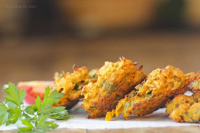 Baked Pakora - a delicious, healthy alternative to the deep fried version - Gluten-free Vegan Indian Food