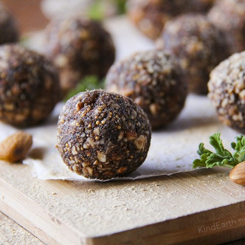Raw Power Energy Balls - Maca & Fig (with carob & almonds) - gluten-free, vegan, healthy by Anastasia, Kind Earth