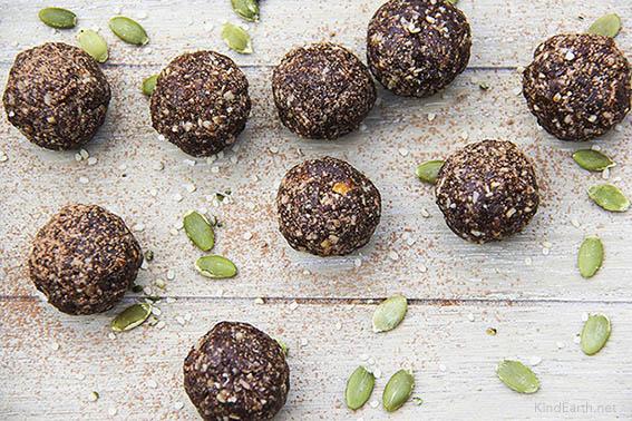 Super Seed Energy Balls with hemp, pumpkin, flax and sunflower seeds by Anastasia, Kind Earth - gluten-free, vegan